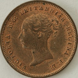 HALF FARTHINGS 1842  VICTORIA VERY SCARCE