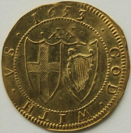 HAMMERED GOLD 1653  COMMONWEALTH UNITE CROWNED ST GEORGE SHIELD IN WREATH REVERSE GOD WITH US CONJOINED SHIELDS OF ENGLAND AND IRELAND MM SUN VERY SCARCE - FAINT CREASE NEF