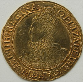 HAMMERED GOLD 1600  ELIZABETH I POUND SIXTH ISSUE TOWER MINT BUST WITH ELABORATE DRESS AND PROFUSION OF HAIR REVERSE CROWNED SQUARE TOPPED SHIELD DIVIDING E - R MM O - FINE SCRATCHES IN OBVERSE FIELD  NEF